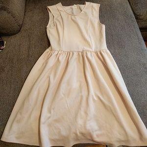 Blush/cream sleeveless dress